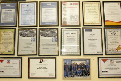 Optima 13 diplomai